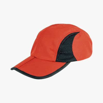 Trekker Cap With Pouch, Red