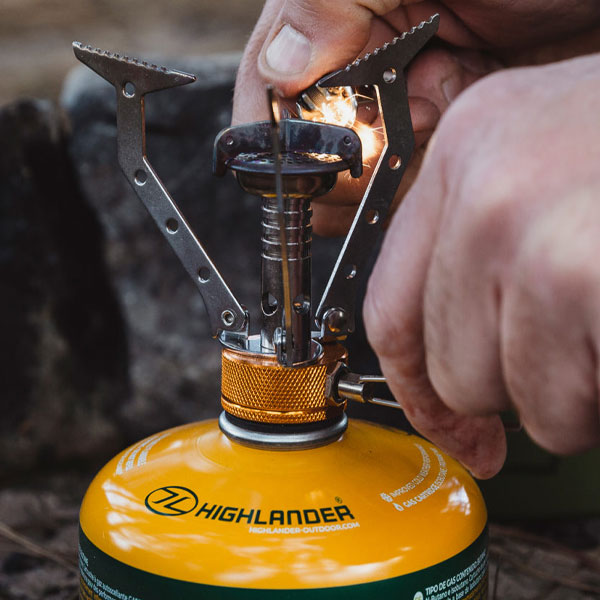 How to choose a camping stove - Highlander Buying Guide
